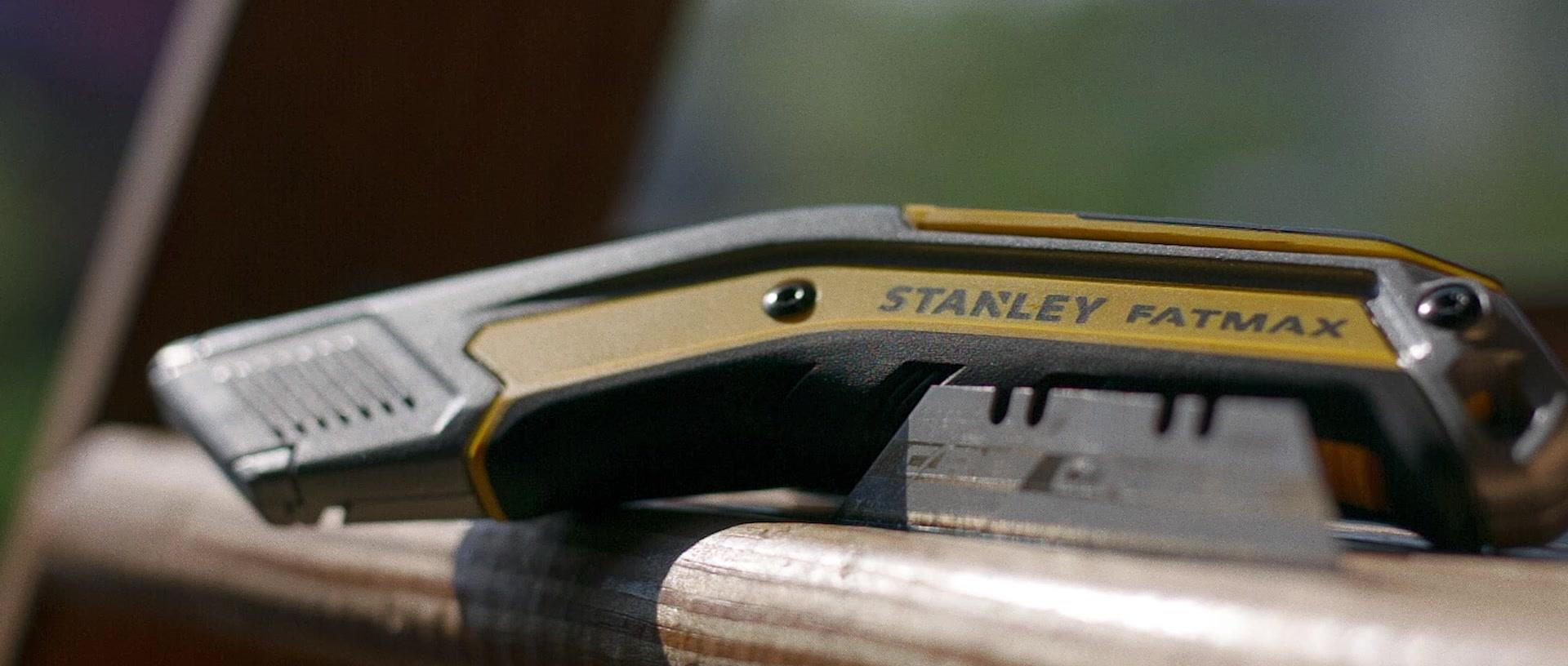 STANLEY® Exo-Change™ Retractable Knife | STANLEY® Tools
